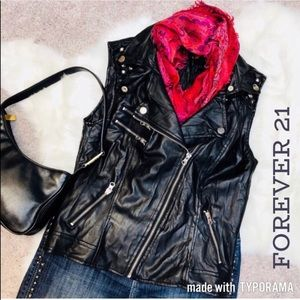 NWOT 🏍💋 Forever 21 Black pleather moto vest